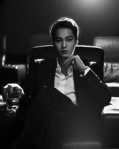 All she wanted was to escape her cruel twisted family that would do a… / Thriller Exo Kai, Kaisoo, Exo Chanyeol, Exo Lockscreen, Rapper, Kim Minseok, Kpop Exo, Exo Members, Fine Men