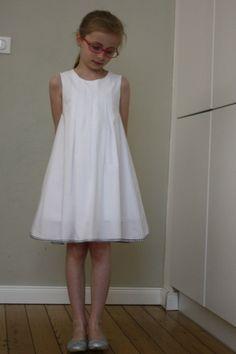 Robe ALULA, patron de couture issu du livre Grains de Couture pour Enfants, Ivanne Soufflet, by Bapalo
