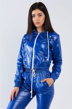 Imper Pvc, Nylons, Fashion Cover, Athleisure Outfits, Trendy Clothes For Women, Rain Wear, Wholesale Clothing, Royal Blue, How To Wear