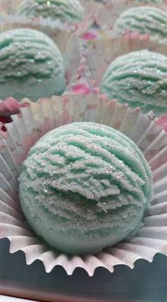 Bubble Bath Bomb Scoops made using the milder DLS for soft fluffy bubbles and Bicarb and Citric acid for the fizz including moisturising shea butter and oils. Soft Blossoms fragrance . Eloise
