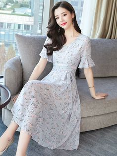 Wholesale Binding Bow Chiffon Floral Dresses from China to Japan Stylish Dress Designs, Stylish Dresses, Simple Dresses, Casual Dresses, Short Dresses, Korean Fashion Dress, Asian Fashion, Fashion Dresses, Classy Work Outfits