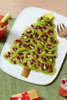 Eat, drink, and be merry with these fantastic Christmas brunch recipes.