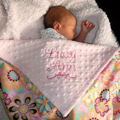 Embroidered Baby Blanket , Baby Girl Blanket - Flower Crystals and Minky - Personalization Included , LIMITED but still available di southernsassypants su Etsy https://www.etsy.com/it/listing/45389938/embroidered-baby-blanket-baby-girl