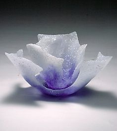 Etsuko Nishi. Blue Bell, 2006, pate de verre cast glass