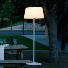 Plis Outdoor Floor Lamp $3,010