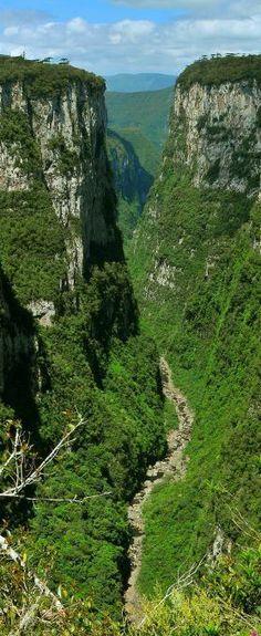 Canion de Itambézinho - Cambará do Sul - Rio Grande do Sul - Brasil