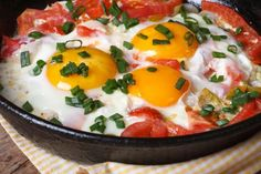 Discover recipes, home ideas, style inspiration and other ideas to try. Diner Recipes, Egg Recipes, Appetizer Recipes, Breakfast Recipes, Cooking Recipes, Plats Ramadan, Diet Salad Recipes, Healthy Recipes, Dukan Diet