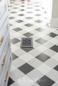 not sure where it could work though Floor Design, Tile Design, House Design, Bathroom Floor Tiles, Tile Floor, Wall Tile, Shabby, Laundry Room Design, New Home Designs