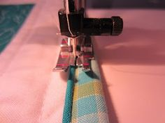 Color Me Quilty: Faux Piped Binding tutorial.