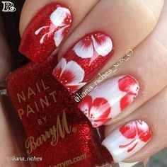 Having short nails is extremely practical. The problem is so many nail art and manicure designs that you'll find online Flower Nail Designs, Flower Nail Art, Nail Art Designs, Uñas One Stroke, One Stroke Nails, Fabulous Nails, Gorgeous Nails, Hawaiian Flower Nails, Hawaiian Nail Art