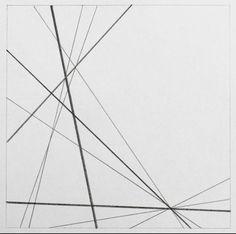 Lijndikte. Een lijn is een verbinding tussen twee punten. Lijnen zijn in allerlei soorten en maten en. Lijnen kunnen recht of krom, hoekig, rond, afwisselend, gebogen, slingerend, Lang, kort, dik, dun of haarfijn, onderbroken en om onderbroken, enkel of dubbel, enzovoort. Allemaal eigenschappen van lijnen, waardoor ze gemakkelijk in allerlei soorten kunnen worden ingedeeld. De lijndikte is een kenmerk van een lijn. Dikke lijnen vallen op.