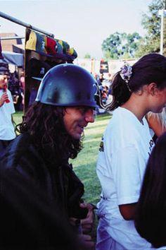 The helmet era Eddie Vedder Mookie Blaylock, Pear Jam, Pearl Jam Eddie Vedder, The Best Revenge, Alice In Chains, Band Photos, Music Love, Beautiful Day, Rock N Roll