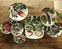 Farmers Market serving dishes from Williams Sonoma