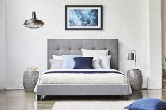Melina Queen Upholstered Bed