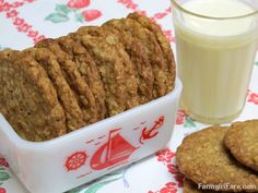 Soft and Chewy Oatmeal Coconut Cookies made with unsweetened coconut by Farmgirl Susan. One of the best cookies out there, sometimes I add some chocolate chips, sometime raisins, but they are GREAT as is. Healthy Desserts, Just Desserts, Delicious Desserts, Holiday Desserts, Yummy Treats, Sweet Treats, Oatmeal Squares, Oatmeal Coconut Cookies, Cookie Recipes