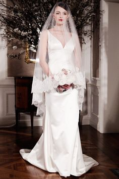 Best Wedding Dresses for an Hourglass Body - From YouBeauty.com