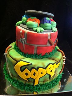 Teenage Mutant Ninja Turtles cake.  By Jeff Taylor of Sweet T's Bakery, Oxford, MS  www.sweettsbakingmemories.com