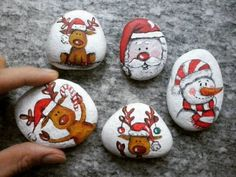 100 creative ideas for painting stones in the Christmas spirit! - 100 creative ideas for painting stones in the Christmas spirit! paint stones c - Rock Painting Patterns, Rock Painting Designs, Christmas Rock, Christmas Crafts, Natural Christmas, Xmas, Beautiful Christmas, Silver Christmas Decorations, Painted Rocks Kids