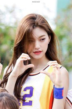 Kpop Girl Groups, Korean Girl Groups, Kpop Girls, Jooheon, Jung Chaeyeon, Choi Yoojung, Kim Sejeong, Jeon Somi, Unique Faces