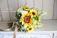 ヒマワリのブーケ Wedding Images, Our Wedding, Floral Wedding, Wedding Flowers, Bridal Bouquet Fall, Bride Bouquets, Love Flowers, Flower Arrangements, Succulents