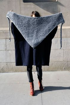 garter stitch shawl. so easy.