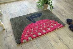 北欧デザインでオシャレな玄関に! リンゴの玄関マット - 100サイズ カーペット・ラグ・絨毯・敷物の通販専門店|びっくりカーペット