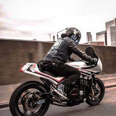 Custom motorcycles & design, Portland OR. Vintage Honda Motorcycles, Honda Bikes, Custom Motorcycles, Custom Bikes, Retro Motorcycle, Motorcycle Design, Motorcycle Style, Kawasaki Cafe Racer, Modern Cafe Racer