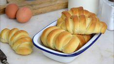 Pan de leche fácil ¡Tierno y esponjoso! - YouTube Pasta A La Carbonara, Peruvian Recipes, Empanadas, Sweet Bread, Sin Gluten, Hot Dog Buns, Tapas, Sweet Tooth, Recipies