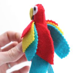 pirate crafts felt parrot                                                                                                                                                                                 More