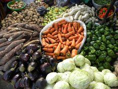Kaolack, Senegal Le marché et ses légumes classiques