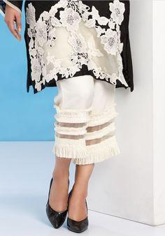 Shadi Dresses, Pakistani Dresses Casual, Couture Details, Fashion Details, Fashion Design, Khadi Kurta, Gala Design, Salwar Pants, Fashion Pants
