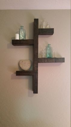Reclaimed Pallet Wood.  Roman Block Style shelf! by NailedItMT on Etsy