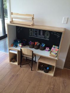 New Shoots Children's Centre Great concept for a writing centre for a couple of children. Great space saver Idea also for small classrooms Future School, Dream School, Emergent Literacy, Home Daycare, Play Spaces, Play To Learn, Inspiration Boards, Childhood Education, Creative Kids