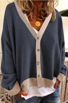 Casual Paneled Solid Button Down Cardigan – chiclinen sweaters outfits,sweater styles outfits,outfit sweater,sweater outfit ideas Cardigan Casual, Pullover Outfit, Casual Sweaters, Sweater Outfits, Look At You, One Piece Swimwear, Types Of Sleeves, Autumn Fashion, Fashion Outfits