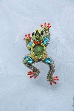 Броши ручной работы. Ярмарка Мастеров - ручная работа. Купить Брошь Царевна-лягушка. Handmade. Салатовый, жабка, 3Д, риволи