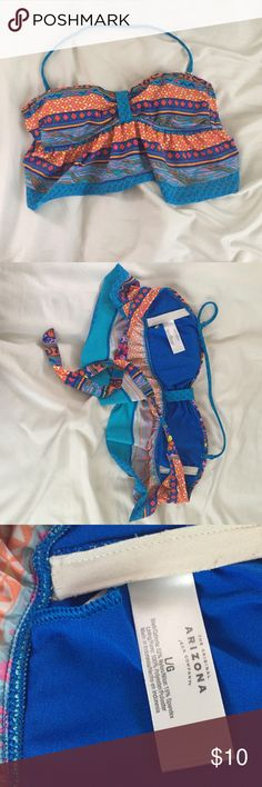 Tribal Print Bikini Swimsuit Bathing Suit Top Has removable strap and padding. Comment if you have any questions! Everything comes from a smoke & pet free home. No trades. If you're interested make an offer! Accepting all reasonable offers! Arizona Jean Company Swim Bikinis