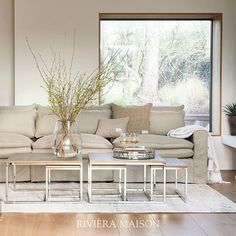 The choice of a natural base is always a great idea. You can combine this in many styles and shades. Perfect for those who love to change their interior often! 🌿  #rivieramaison #homedeco #interieur #natural #natuurlijk #basicbliss #ss20 #homeinspo Beach Vibes, House 2, Unique Furniture, Own Home, Rattan, Modern, Rustic, Inspiration, Living Room