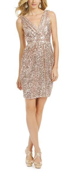 Sparkly cocktail dress #nye http://rstyle.me/n/rsuksn2bn