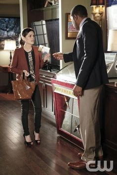 "Hart of Dixie -- ""Aliens and Aliases"""