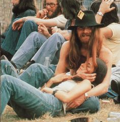 Yeah, Woodstock simply needed some words and tunes from Audio Adrenaline, DC Talk, and Glenn Kaiser's Ress band. 1969 Woodstock, Woodstock Hippies, Woodstock Music, Woodstock Festival, Hippie Style, Hippie Love, Hippie Chick, Beatles, It's All Happening
