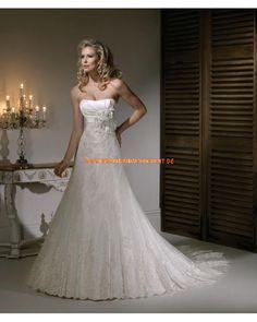 Luxuriös traumhaftes Brautkleid aus Organza Bodenlang Trägerlos mit Schleppe