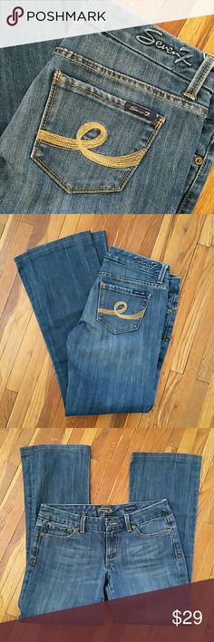 7FAM bootcut Nice condition.  29/29 7 For All Mankind Jeans Boot Cut