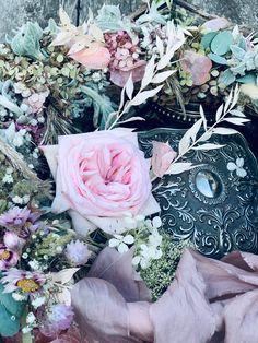 Floral Wreath, Wreaths, Plants, Wedding, Vintage, Home Decor, Valentines Day Weddings, Floral Crown, Decoration Home