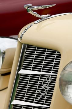 Vintage Car Models 1935 Auburn Model 851 Supercharged Speedster Hood Ornament - by Jill Reger - fine art prints for sale - Retro Cars, Vintage Cars, Antique Cars, Auburn Car, Car Bonnet, Car Badges, Car Logos, Art Deco Car, Car Hood Ornaments