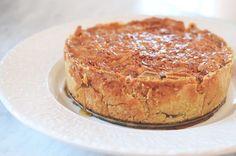 rhubarb and raspberry pie. Bagan, Delicious Desserts, Yummy Food, Swedish Recipes, Pie Dessert, Something Sweet, No Bake Cake, Baked Goods, Cake Recipes