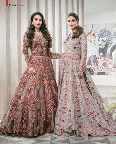 Kareena Kapoor Wedding Dress Up Games Kareena Kapoor Wedding Dress, Pakistani Bridal Dresses, Bridal Lehenga, Indian Dresses, Indian Outfits, Lehenga Choli, Sharara, Bridal Anarkali Suits, Mode Bollywood