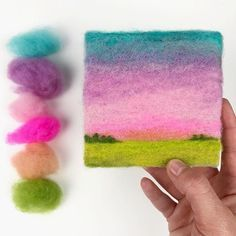 Tomorrow we fly to snowy Chicago for a short trip. I'll be teaching a Painting With Wool workshop on Monday, and Tuesday I finally get to… Fibre, Fiber Art, Felt Crafts, Fabric Crafts, Felt Pictures, Needle Felting Tutorials, Cool Art Projects, Felt Fabric, Wet Felting