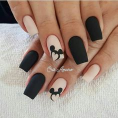 Uñas Disney Mickey Mouse – You are in the right place about nail art matte Here we offer you the most beautiful pictures about the nail art animal you are looking for. When you examine the Uñas Disney Mickey Mouse – part of the picture you can … Disney Acrylic Nails, Best Acrylic Nails, Matte Nails, Best Nails, Matte Pink, Black Nail Designs, Acrylic Nail Designs, Disney Nail Designs, Stylish Nails