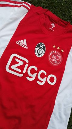 Ajax shirt: Ajax -PEC Zwolle 03-4-2016. Ter nagedachtenis aan Johan Cruijff.
