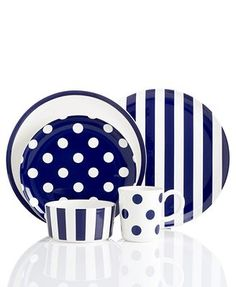 with red accents Dinner Plate Sets, Dinner Sets, Kate Spade Designer, Blue And White China, Latest Gadgets, Plates And Bowls, Dinnerware Sets, White Decor, Kitchen Items
